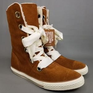 Converse Chuck Taylor All Star Beverly Boots 10